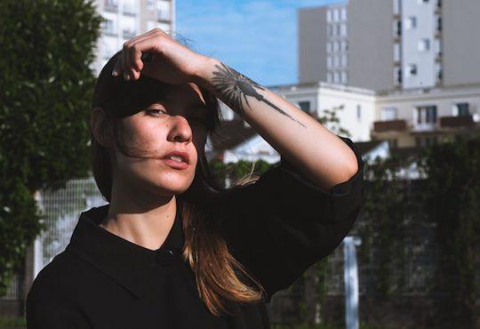 MUSIQUE // Avec « Modeling Clay », Praa façonne son avenir musical