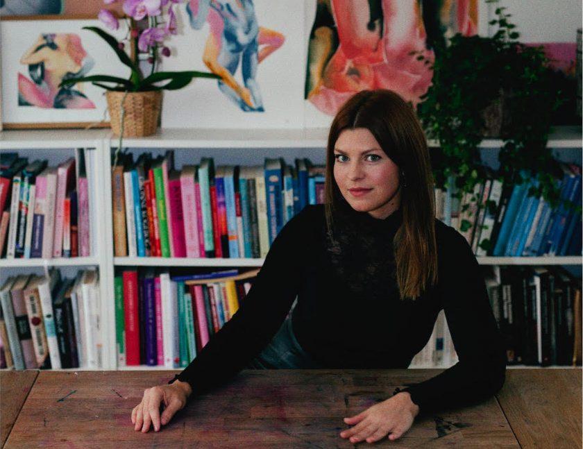 Tina Maria Elena illustratrice studio livres dessins érotiques